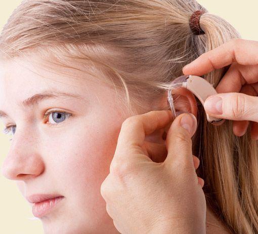 Hörgerät für Mädchen
